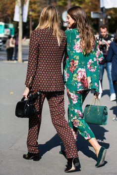 Printed suits, streetstyle, fashion, outfit envy, fashion inspiration, outfit envy.