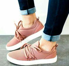 best website c0fbf dcb43 Zapatillas Converse Mujer, Zapatos Adidas, Zapatos Cómodos, Zapatos De  Novia, Calzado Nike