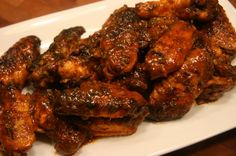 Adam Perry Lang's recipe - Hot Wings (Serious Pron) Q-talk Green Egg Bbq, Bbq Wings, Appetizer Recipes, Appetizers, Party Recipes, Wing Recipes, I Love Food, Finger Foods, Food Dishes