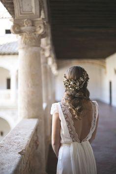 Wedding dresses: backs to the air Wedding Bells, Boho Wedding, Wedding Gowns, Dream Wedding, Bridal Dresses, Flower Girl Dresses, Weeding Dress, Vestidos Vintage, Wedding Styles
