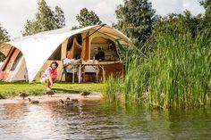Kamperen met uw eigen tent of caravan direct aan het water in Friesland - Camping De Kuilart.