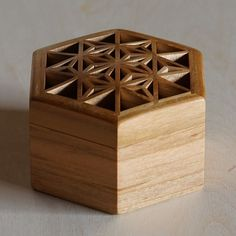 Contemporary Authentic Craft Arts : Advanced Search - Japanese Heritage Wearable Crafts For Home Nordic Handmade Scottish Tradition Artezanato Studio,handicrafts and artisan products,Home decor Japanese Joinery, Japanese Woodworking, Woodworking Box, Woodworking Patterns, Jewelry Box Plans, Jewelry Store Design, Patterned Furniture, Japan Crafts, Woodworking Inspiration