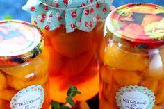 Letnia kiszonka wielowarzywna | Smaczna Pyza Food And Drink, Peach, Vegetables, Drinks, Alcohol, Drinking, Beverages, Vegetable Recipes, Drink