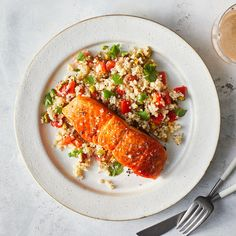 25 Mediterranean Dinners You'll Want to Make Forever Easy Pasta Recipes, Quick Dinner Recipes, Cooking Recipes, Healthy Recipes, Seafood Dinner, Fish And Seafood, Dinner Meal, Zesty Quinoa Salad, Amigurumi