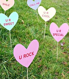 Yard Art Love Attack Signs - DIY Home Decoration Ideas for Valentine's Day. Easy to make Home Decor Crafts for Valentine's Day. Homemade Valentines ideas for mantle decorating, party tables, yard art, (Valentins Day Diy Home Decor) Valentines Bricolage, Kinder Valentines, Valentine Tree, Homemade Valentines, Valentines Day Party, Valentines Day Decorations, Valentine Day Crafts, Diy Home Crafts, Easy Diy Crafts