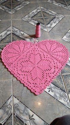 Crochet Boots Pattern, Diy Crochet Patterns, Crochet Mat, Beading Patterns Free, Doily Patterns, Crochet Home, Thread Crochet, Filet Crochet, Crochet Doilies