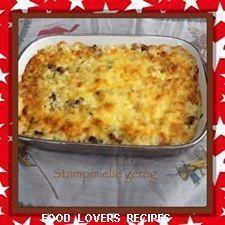 Samp with bacon and cheese Braai Recipes, Brunch Recipes, Snack Recipes, Cooking Recipes, Mince Recipes, Mince Dishes, Veg Dishes, Vegetable Dishes, Nutella Banana Bread