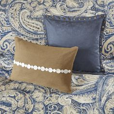 Hampton Hill Urban Chic King Size Bed Comforter Duvet Set Bed In A Bag Navy Gold Paisley 9 Piece Bedding Sets Cotton Bedroom Comforters -- Read more at the image link-affiliate link. Corner Twin Beds, Classic Bedding Sets, Navy Bedding, Online Bedding Stores, Bed In A Bag, Queen Comforter Sets, Urban Chic, Paisley Design, The Hamptons