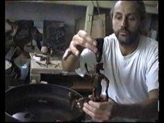 BRONZEGIESSER Metal Casting, Videos, It Cast, Bronze, Fictional Characters, Sculptures, Video Clip