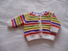 Baby cardigan with coloured stripes Baby Boy Cardigan, Knitted Baby Cardigan, Knit Baby Sweaters, Girls Sweaters, Baby Boy Knitting Patterns Free, Baby Sweater Knitting Pattern, Knitting For Kids, Baby Patterns, Sewing Clothes