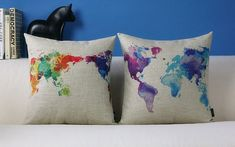 Capa de almofada de mapa-mundi em aquarela  Colorful World Map Pillow Case Cotton Linen Cushion by Emilybeauty, $16.99