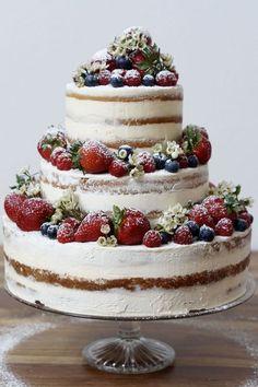 Naked Cake mit Beeren – Wedding Cakes With Cupcakes Food Cakes, Cupcakes, Cake Mascarpone, Cupcake Original, Torte Au Chocolat, Nake Cake, Bolos Naked Cake, Surprise Cake, Buttercream Wedding Cake
