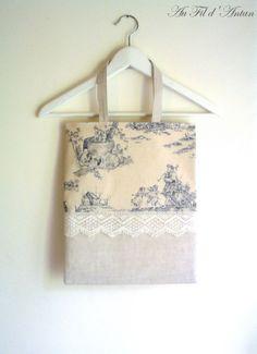 Shabby French book bag shabby tote bag toile de by AuFildAntan, €24.50