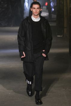 Y-3 Fall 2013 Ready-to-Wear Collection Photos - Vogue