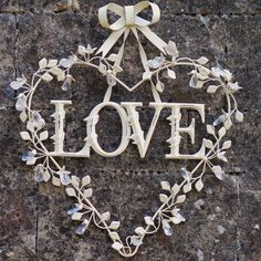 Heaven's Attic, Love Heart Wreath - Adorable!