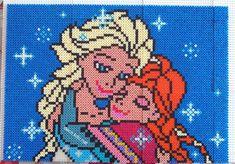 Elsa and Anna - Disney Frozen portrait hama perler beads by Deco.Kdo.Nat - Pattern: https://www.pinterest.com/pin/374291419004003452/