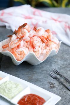 This Keto Shrimp Cocktail with 3 Sauces takes the classic shrimp cocktail appetizer of the to the next level! Sweet, succulent shrimp with your choice of any or all of these 3 keto friendly dipping sauces that can be made in advance in just minutes! Seafood Appetizers, Finger Food Appetizers, Seafood Recipes, Appetizer Recipes, Seafood Party, Tailgate Appetizers, Ketogenic Recipes, Keto Recipes, Keto Foods