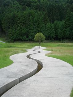 Murou Art Forest Design by Dani Karavan. Curves - The sinuous Line of Grace in the book, Heaven is a Garden Urban Landscape, Landscape Art, Landscape Architecture, Architecture Design, Landscape Designs, Classical Architecture, Ancient Architecture, Sustainable Architecture, Modern Landscaping