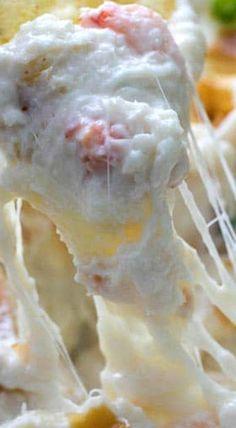 Cheesy Crab Rangoon Dip (Hot Crab Dip)