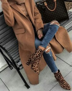 Trendy casual outfit for fall and winter. - mode casual Trendy casual outfit for fall and winter Casual Fall Outfits, Winter Fashion Outfits, Fall Winter Outfits, Look Fashion, Autumn Winter Fashion, Trendy Outfits, Womens Fashion, Winter Clothes, Casual Winter
