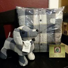 Outstanding 15 Sewing projects are readily available on our website. Have a look and you wont be sorry you did. Memory Pillow From Shirt, Memory Pillows, Memory Quilts, Memory Crafts, Keepsake Crafts, In Memory Of Dad, Old Shirts, Stuffed Animal Patterns, Stuffed Animals