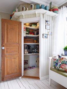 Corner Pantry Cupboard Ideas New Home Design at Interior Design Corner Kitchen Pantry, Pantry Cupboard, Cupboard Ideas, Wall Pantry, Corner Cupboard, Pantry Design, Kitchen Design, Cocina Shabby Chic, Walk In Pantry
