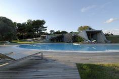 L'architecte Luca Marastoni en collaboration avec le cabinet d'architecte d'intérieur Bonvecchio ont réalisé cette maison contemporaine en Sardaigne. Un pr