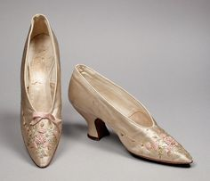America - Pair of Woman s Pumps (Wedding) by Rosenthal s, Inc. - Silk  satin, silk, leather shoes and handbags wholesale 1cf1b8c1aa1