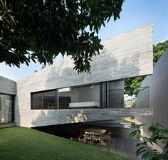 kazu721010: IT House / andramatinPhotos Mario Wibowo kazu721010: IT House / andramatin Photos Mario Wibowo