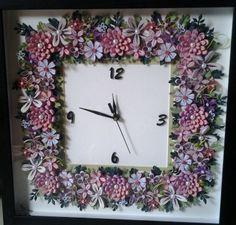 Quilling clock