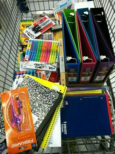 Back to school organization highschool 42 ideas School Goals, School Study Tips, Study College, Middle School Supplies, School Supplies Highschool, High School Organization, High School Hacks, School Suplies, School Motivation