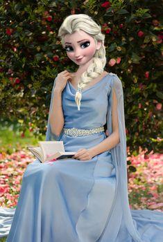 Disney Princess Frozen, Disney Princess Pictures, Elsa Frozen, Anna Instagram, Vogue Wallpaper, Beautiful Good Night Images, Frozen Characters, Easy Paper Crafts, Cool Birthday Cakes