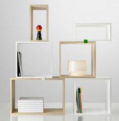 http://www.designdelicatessen.dk/produkter/35-reoler-amp-hylder/830-muuto---stacked---reol/