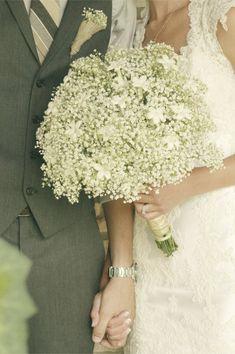 farm inspiration   burlap, lace, and baby's breath   i love farm weddings