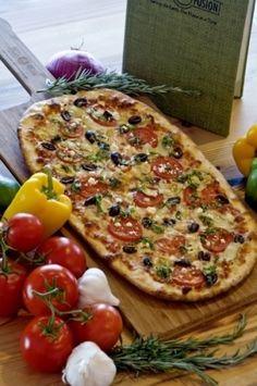 Organic pizza on multigrain shell