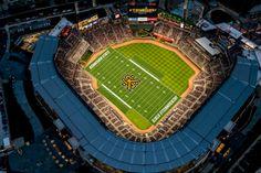 Los Bravos de Atlanta' estadio será la sede de un partido de fútbol universitario en 2018