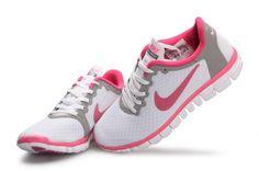 nike free 30 v2 herren amp damen schuhe gunstig weib amp pink Pink Sneakers, Sneakers Nike, Nike Free Run 3, Grey Nikes, Pink Grey, Running Shoes, Nike Women, Workout, Amp