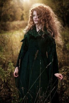 This looks so much like my friend Siobhan in England.  ᘡղbᘡ