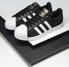 brand new fd695 ef7cc tenis maravillosos que Tenis Blancos Adidas, Zapatos Bonitos, Zapatos De  Moda, Zapatos Vans