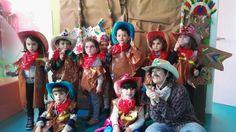 Los vaqueros posando en el photocall de kids&us Miribilla
