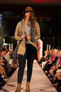 The Colombo Fashion Show 2015 // Kimberleys Winter Collection Mod Hair, Fashion Shows 2015, Latest Fashion Design, Winter Essentials, International Brands, Winter Collection, Catwalk, Winter Fashion, Runway