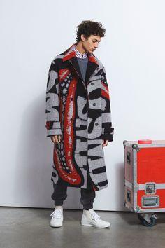 Stella McCartney Fall 2018 Menswear Fashion Show Collection