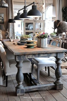 A Warm Rustic Design with Antique Charm Farmhouse Dining Room Table, Diy Dining Table, Kitchen Tables, Rustic Table, Kitchen Island, Dining Chairs, Dining Area, Small Dining, Rustic Dining Rooms