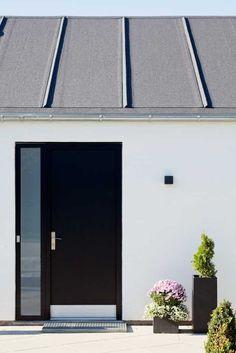 Når vi nu var i gang . One Story Homes, Story House, Aarhus, Modern House Design, Facade, Entrance, Diy Home Decor, Exterior, Architecture