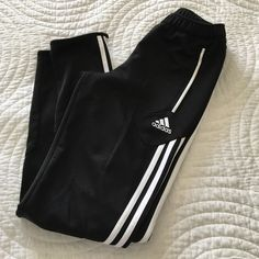 ⚽️ youth adidas sport sweatpants sized in youth. come a little tighter at bottom (style). amazing condition - no holes, stains, etc. Adidas Pants Track Pants & Joggers