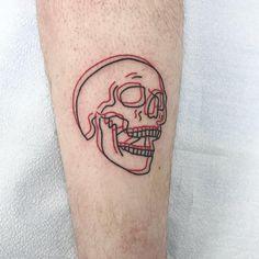 Black and red skull tattoo of anaglyph tattoo . - Anaglyph black and red skull tattoo # Skull tattoo - Mini Tattoos, Red Tattoos, Body Art Tattoos, Sleeve Tattoos, Tatoos, Colour Tattoos, Spooky Tattoos, Skeleton Tattoos, Tatto Skull