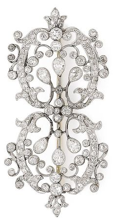 An early 20th Century Belle Epoque diamond brooch. The fine openwork brooch set throughout with old brilliant-cut and pear-shaped diamonds, diamonds approx. 3.10cts total. #BelleÉpoque #diamond #brooch