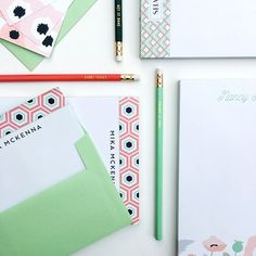Great Gift Idea - perfect for grads, newlyweds, hostess and just because - Personalized Note Cards, Notepads and Memo Pads!⠀ ⠀ Pair it up with some fun pens and pencils from @target for a complete gift!⠀ ⠀ .⠀ .⠀ .⠀ .⠀ ⠀ #peonyhillpress #php #stationery #notecards #correspondence #hello #thankyou #notepaper #gift #present #hostess #hostessgift #graduation #graduate #wedding #weddinggift #giftidea #personalized #custom #shopsmall #shop #glenellyn #target #smallbusiness #creative #design