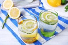 10 Things They Never Tell You About Lemon Water Drinking Lemon Juice, Lemon Juice Water, Healthy Tips, Healthy Choices, How To Stay Healthy, Curcuma Benefits, Lemon Juice Benefits, Pineapple Recipes, Detox Recipes