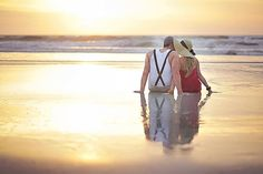 Vintage Beach Engagement {Crystal Tony}